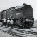 Vrij snel na 10 mei wordt de trein op de rails gezet en de ravage opgeruimd