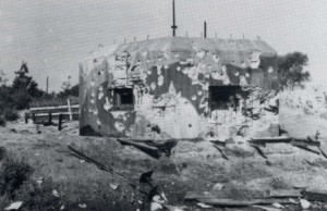 De kazemat waarin sergeant Blokland sneuvelde, zie ook (bij foto's/sporen van de oorlog) huidige situatie